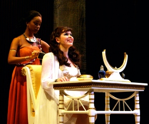 Marliss Amiea (Aida) and Ryah Nicole Nixon (Amneris)